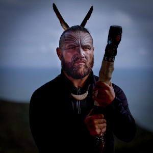 """<a href=""""https://youtu.be/CdpeXjwLf9Q"""">Māori Movement</a>"""